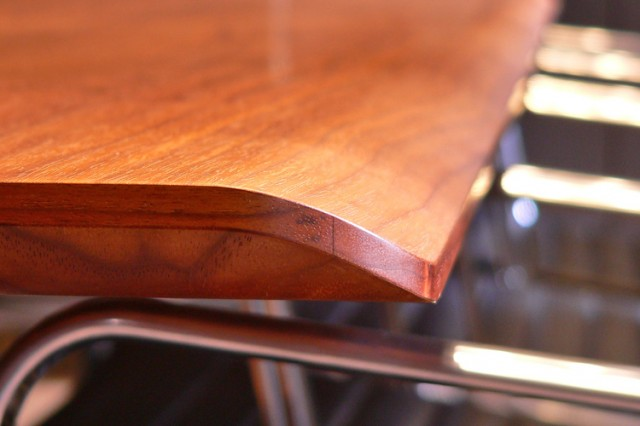 Omega table D-Form waterfall edge