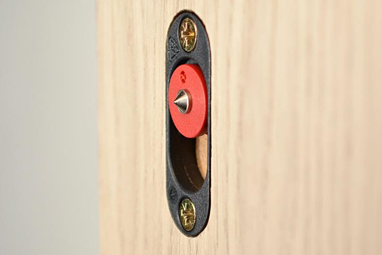 Button-fix Type 1 Flush